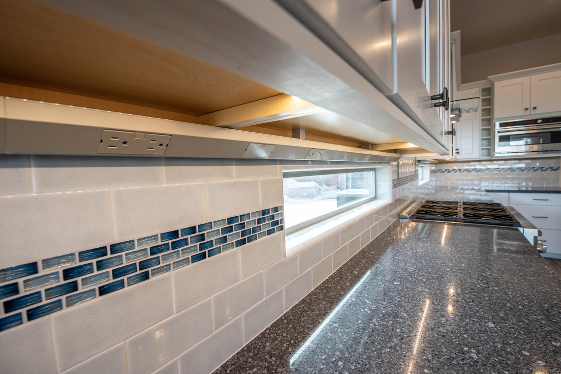 BHB-Remodeling-Kitchen-Under-Counter-Lighting_Electric-Outlets